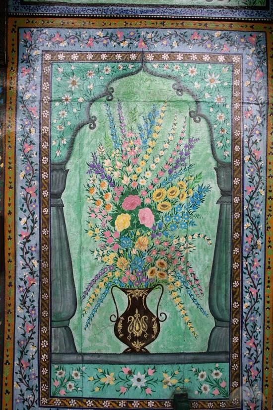 flower-painting-shah-hamdan-mosque-srinagar